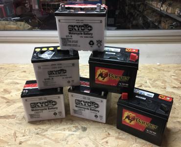 Batteries pour tondeuse autoportée et minitracteur